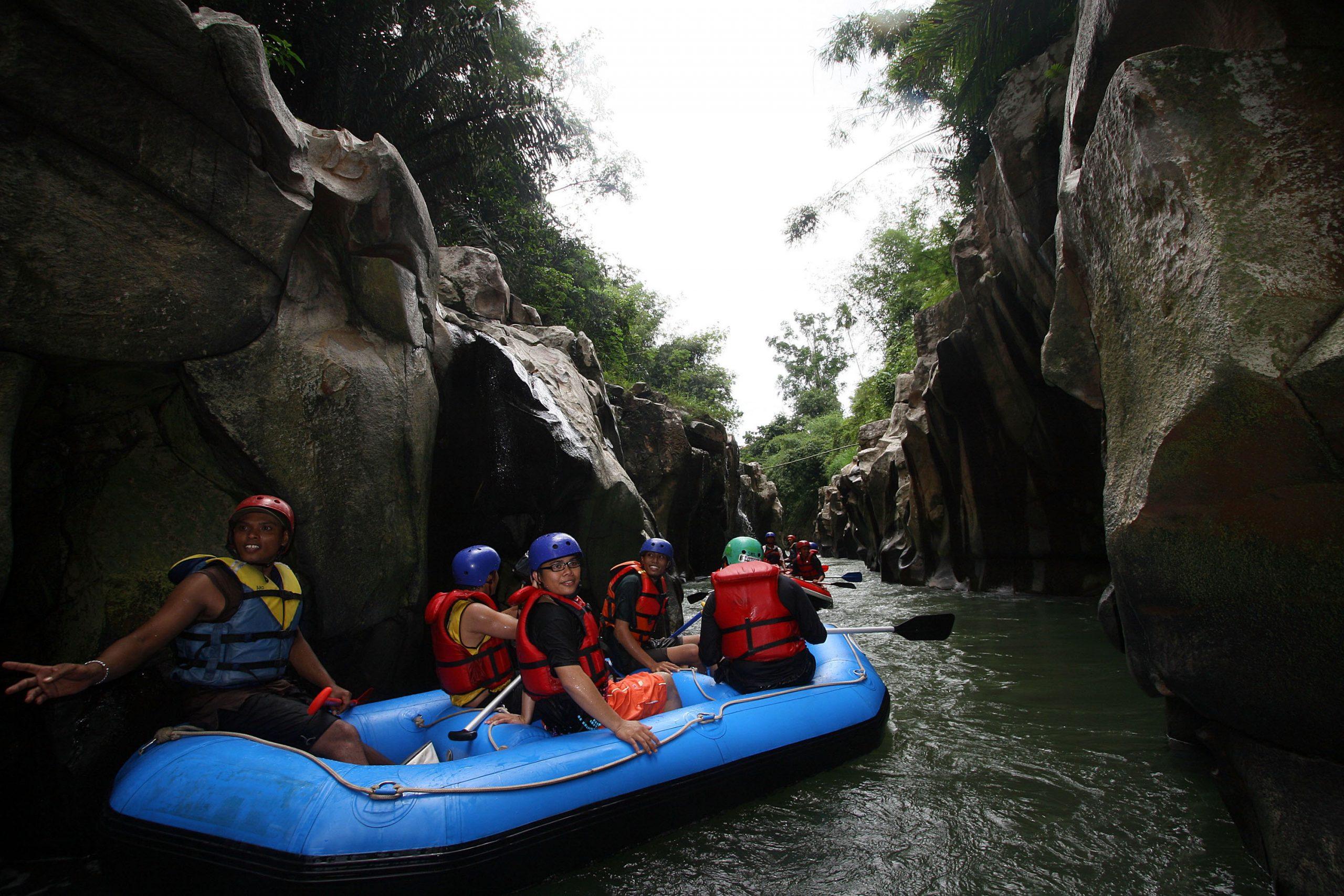 Arung Jeram Sungai Buaya
